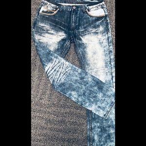 Demolition jeans